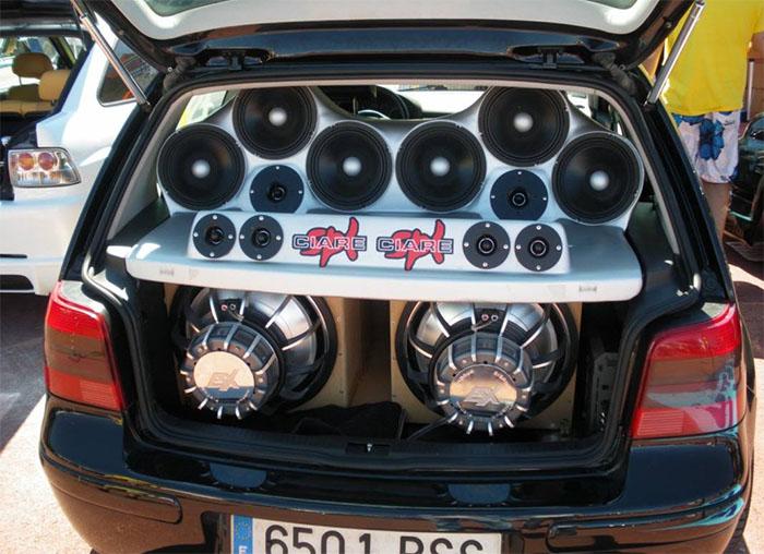 آهنگ-برای-ماشین