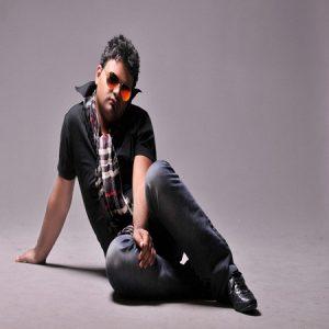 Afshin Azari 1 3 300x300 دانلود آهنگ افشین اذری قسم