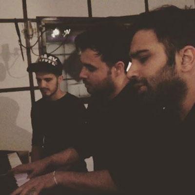 Music EMO Band Boro Peye Ayandat